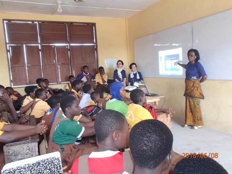 世界平和女性連合(WFWP)ガーナでの活動の様子