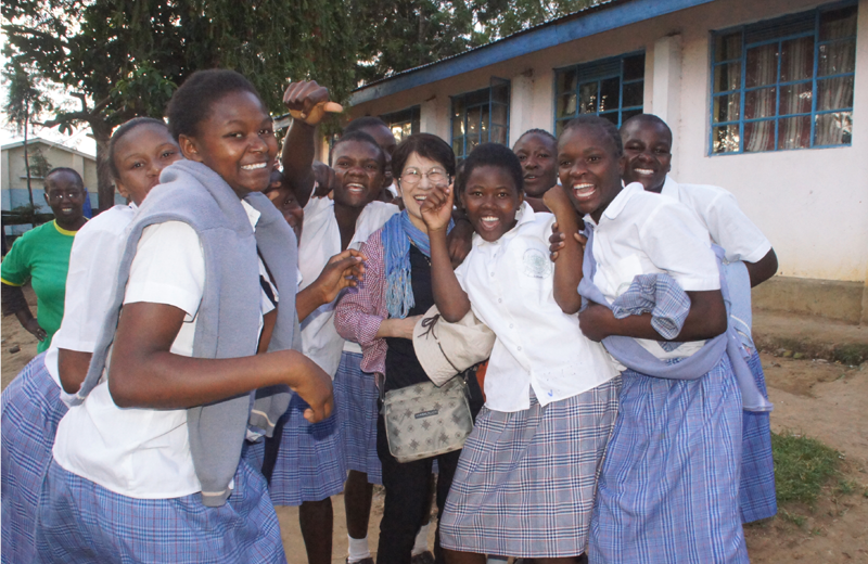 世界平和女性連合(WFWP)ケニアでの活動の様子