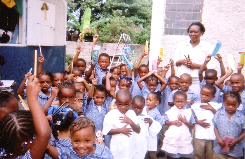 世界平和女性連合(WFWP)ジャマイカでの活動の様子