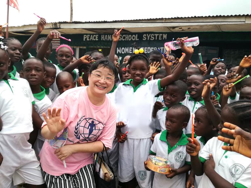 世界平和女性連合(WFWP)リベリアでの活動の様子