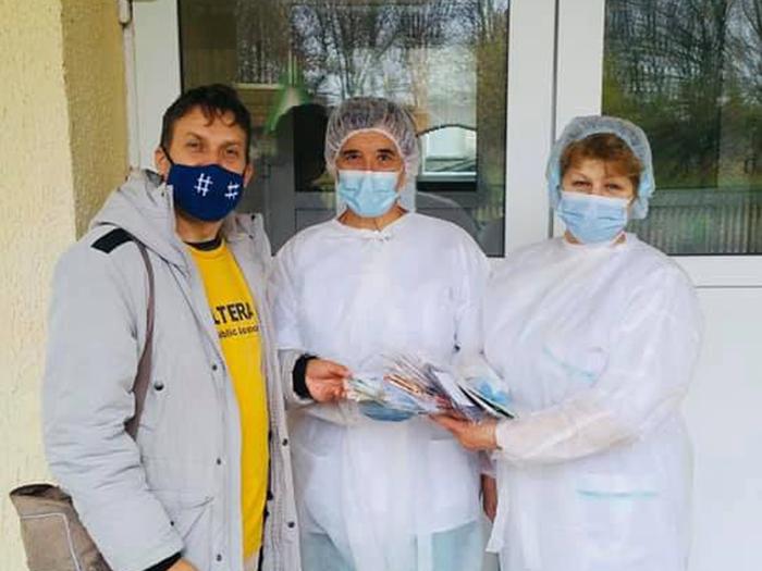 世界平和女性連合WFWPマスク支援ベラルーシ